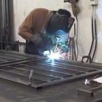 Tuyển nam làm việc trong nhà máy cơ khí Phú Uy