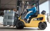 Đơn hàng lái xe nâng trong nhà máy Nguyên Phú